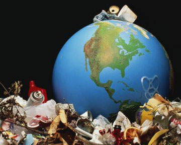 На орбите Земли скопилось 300 тысяч тонн мусора