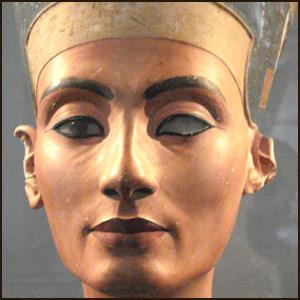 Настоящее лицо Нефертити