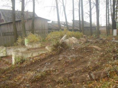 Уничтожение 12.10.2012 в г.Нелидово памятника героически павших бойцов Советской Армии