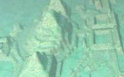 Кто строил подводный город в Бермудах?