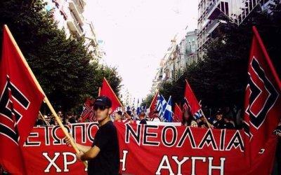 """В Греции большими темпами растёт популярность неонацистской парти """"Золотая заря""""."""