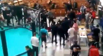 Массовая драка Русских спортсменов и зрителей с дагестанскими борцухами. Как это было...