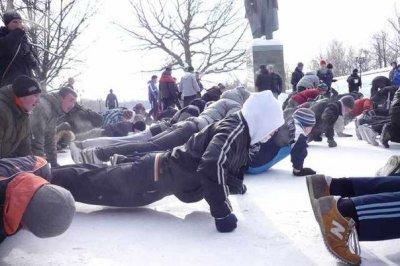 """Столкновение """"Русских пробежек"""" с """"Шариатским патрулём"""" в Татарстане"""