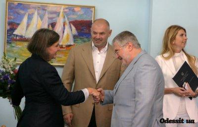 Махинации Коломойского и олигархические войны на Украине