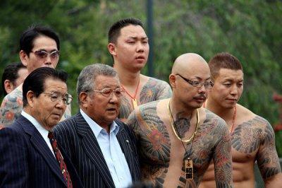 Азиатские банды Москвы: разбой, драки, разборки, вымогательства и убийства