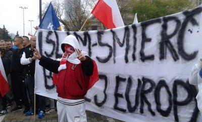 Польша после терактов в Брюсселе отказалась принимать мигрантов