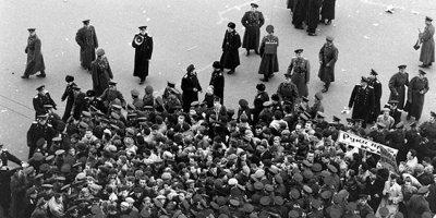 Как рабочие просили еду, а советская власть их за это расстреливала