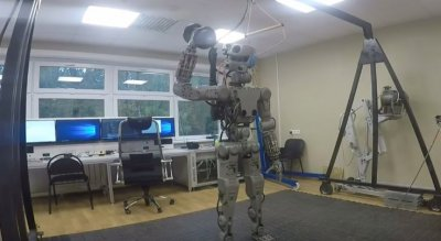 Показаны возможности нового российского робота