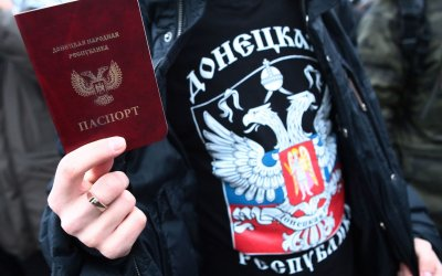 Путинские совки пытаются записать русских Донбасса в украинцы