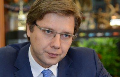 Латвия выписывает штрафы за общение на русском в социальных сетях