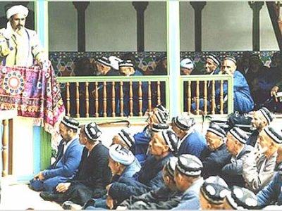 Мусульман оскорбляет акция «Бессмертный полк»
