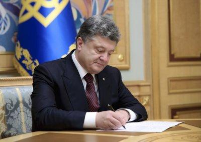 Продолжается гонения на свободу слову на Украине. Порошенко заблокировал «Яндекс», «Одноклассники» и «ВКонтакте»