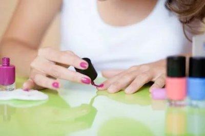 Как лак для ногтей влияет на организм (Женщинам)