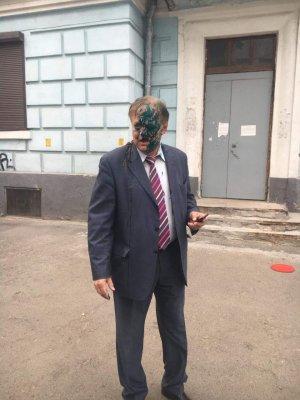Унижение посла РФ в прямом эфире. На Украине посла РФ облили говном