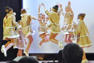 Образцовый ансамбль танца «Ровесник» Центра культуры «Хорошевский» отметил 25-летие
