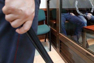 Полиция Петербурга засудит журналистов за новость о пытках в полиции Петербурга