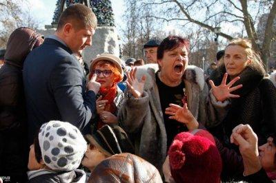 Россия беременна кромешным социальным взрывом. Возможен ли аборт?
