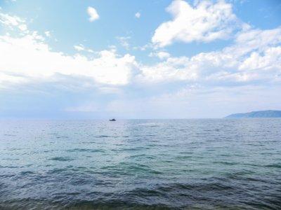 Неочищенную воду из озера Байкал пить не стоит