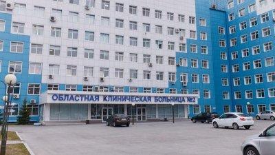 В Тюмени родственники, попавшего в ДТП, выбивали дверь в реанимацию для предотвращения изъятия органов