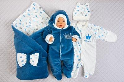 На что обратить внимание при выборе одежды для новорожденного ребенка