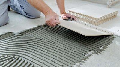 Как выбрать клей для укладки плитки: подробное руководство