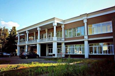 3 лучших отеля с парковкой в Курске
