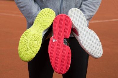 Как выбирать теннисную обувь для разных видов корта