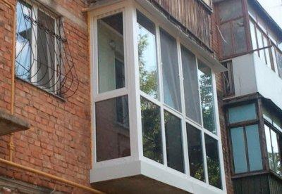 Три преимущества остекления балкона