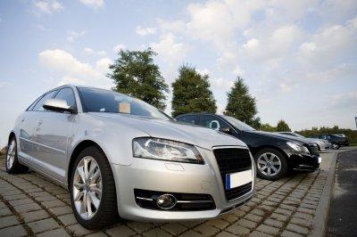 Как приобрести автомобиль из США: плюсы, особенности и схема доставки