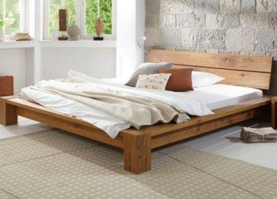 Классические деревянные кровати против современных диванов: кто кого?