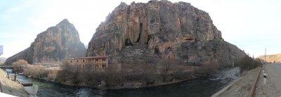 Птичья пещера Арени