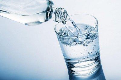 Чем полезна артезианская вода и как ее правильно выбирать