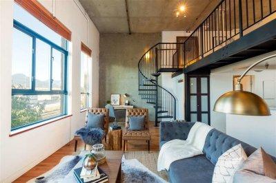 5 удивительных преимуществ проживания в двухуровневой квартире
