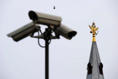 Тотальная слежка – это будущее России?