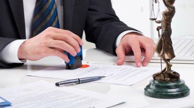 Защита своих прав: зачем мне юрист?
