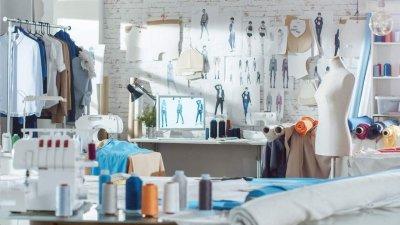 Как удобно организовать швейное пространство