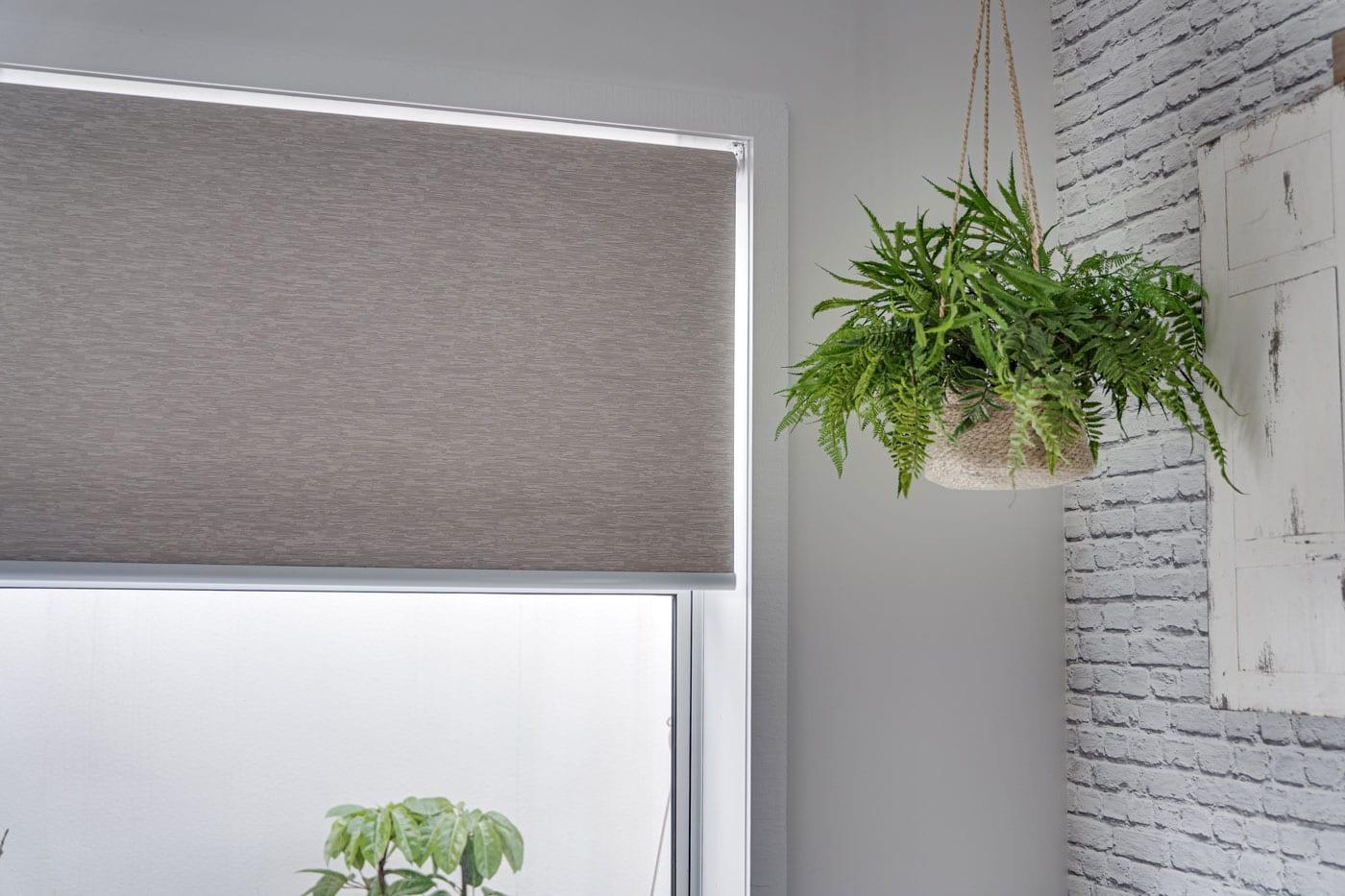 Рулонные шторы: что это такое