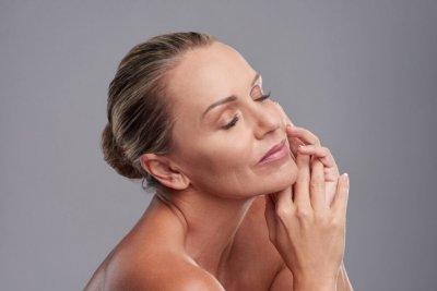 Как сохранить кожу здоровой: профилактика и процедуры для омоложения лица