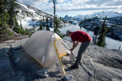 Ппоходная палатка: 6 факторов удачного выбора