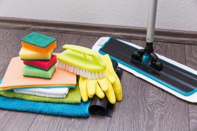 Уборка квартиры: преимущества найма профессиональной службы в условиях современного ритма жизни