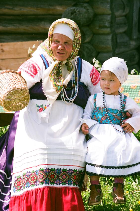 «ЯБЛОКО ОТ ЯБЛОНИ» Россия. Традиция. ХХI век