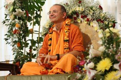 Бхакти Вигьяна Госвами Махарадж -  Как сжечь Карму? (Основы ведической психологии)