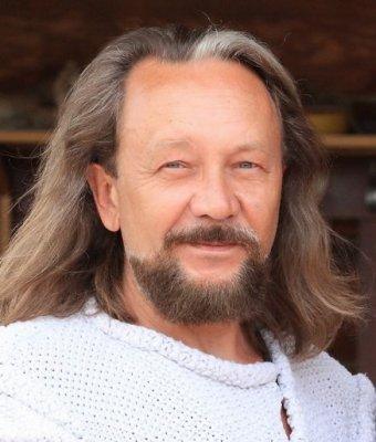 Интервью с Виталием Сундаковым