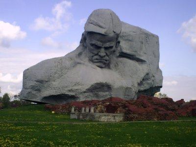 Брестская крепость: Великий подвиг мужества защитников Родины
