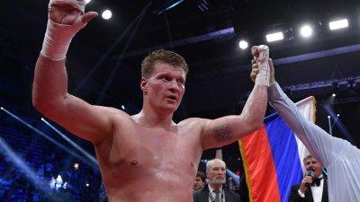 Русский супертяж Поветкин победил украинца Руденко