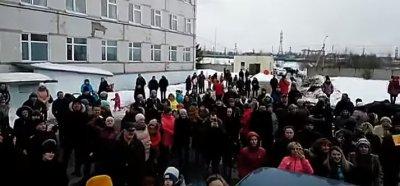 Народный сход в Волоколамске: Мы готовы уже с вилами выйти