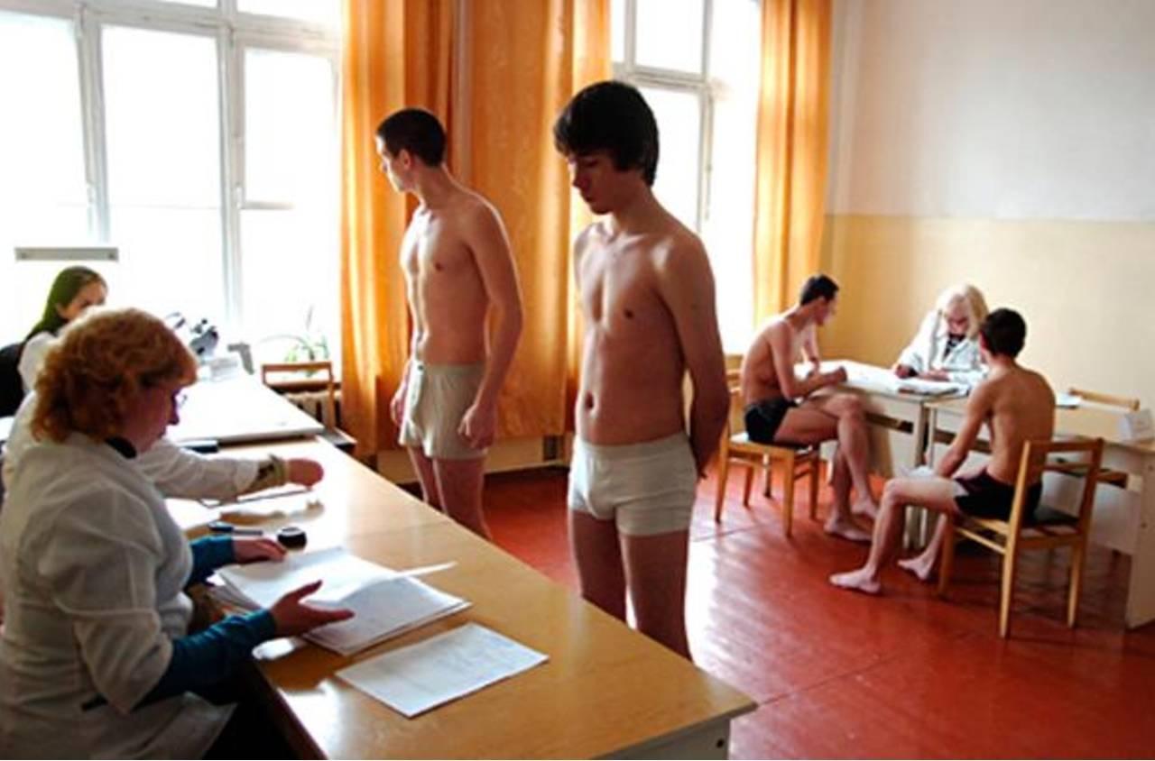 foto-s-realnih-medosmotrov-dostal-ogromniy-chlen