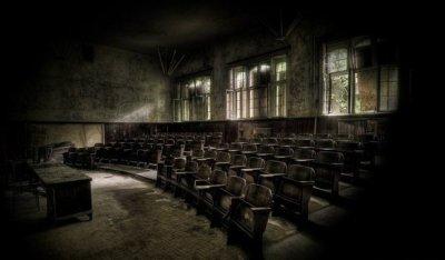 Средняя школа - фабрика будущих рабочих и клерков...