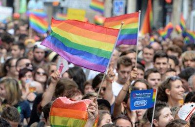 Некоммерческие ЛГБТ организации форматируют общество