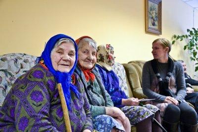Забота и помощь пожилым, или что такое частный дом престарелых